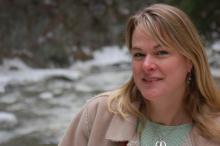 Amy Kolb Noyes headshot