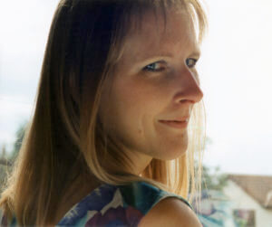Claire Robinson headshot