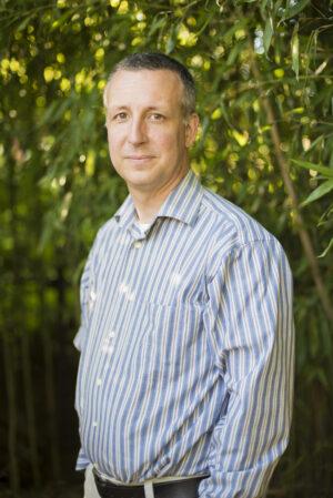 Eric Toensmeier headshot