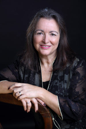 Linda Elsegood headshot