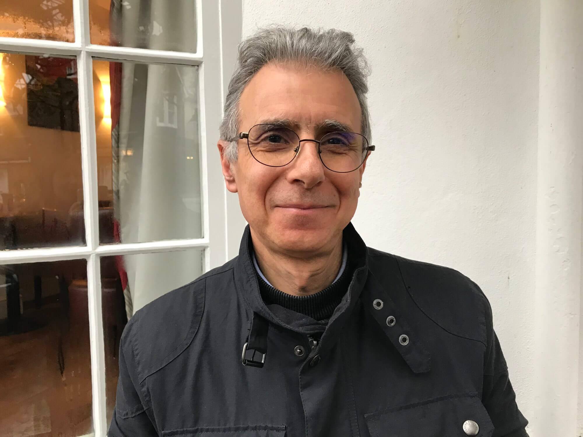 Michael Antoniou headshot